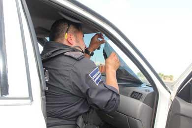 Prohibido cualquier tipo de polarizado en vehículos