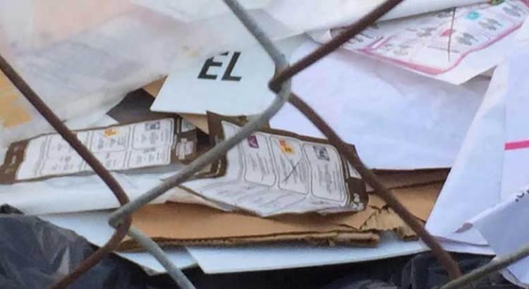 Encuentran boletas y urnas en un basurero