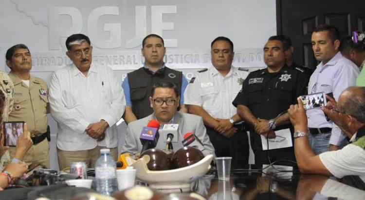 Confirma la PGJE aseguramiento de 4 personas y un arsenal