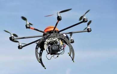 Vigilan exámenes escolares con drones