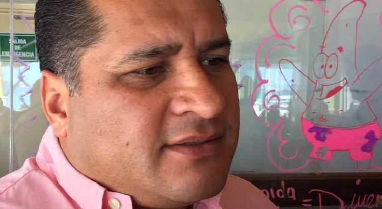 Se reúne el Frente Ciudadano en Defensa del Agua y la Vida A.C. con Saúl González