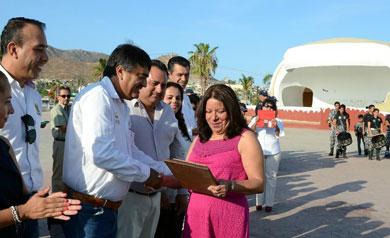 Reconocimiento a funcionarios públicos delegacionales