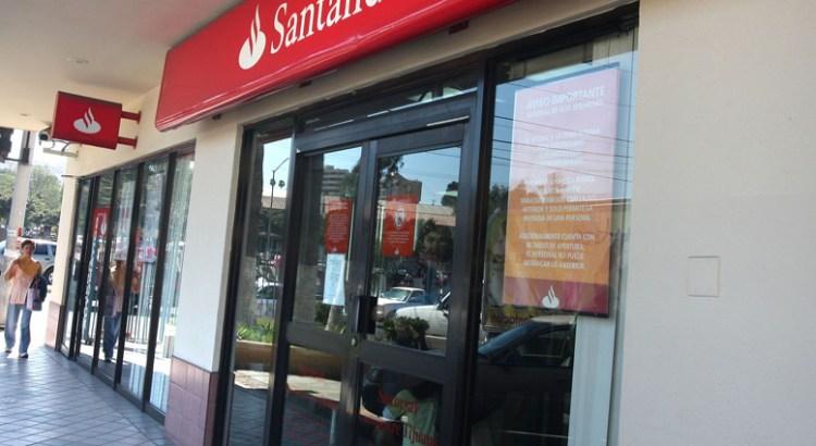 Suspenderán  bancos operaciones este 1 de mayo