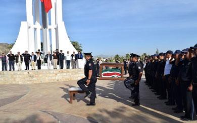 Inicia Ruta de la Bandera Monumental