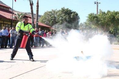 Capacitan en prevención y control de incendios