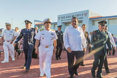 Encabezó el Gobernador festejos del Día de la Fuerza Aérea