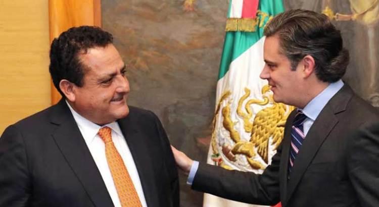 Se reunió el Gobernador con el titular de SEP, Aurelio Nuño