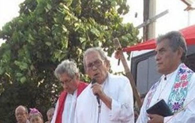 Oficia Obispo misa en bloqueo de la CNTE en Oaxaca