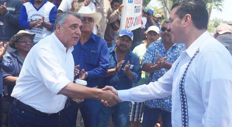En Todos Santos, diálogo sin intermediarios