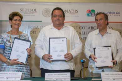 Firman convenio de colaboración Gobierno de BCS, SEDESOL y CONADIS
