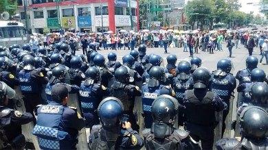 Cierran el paso a marchas de la CNTE hacia el Zócalo