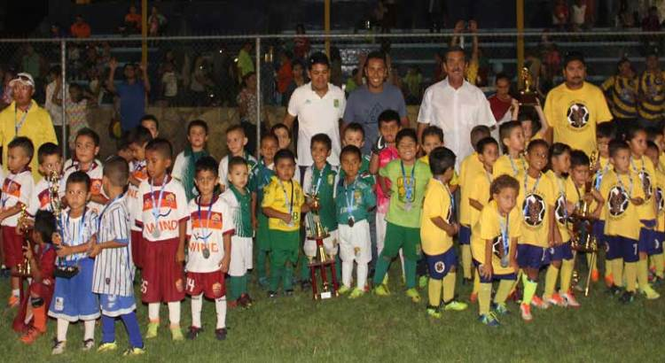 Gana Lobitos FC torneo 2016