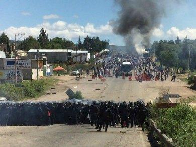 Trasladan a heridos de Nochixtlán a CDMX