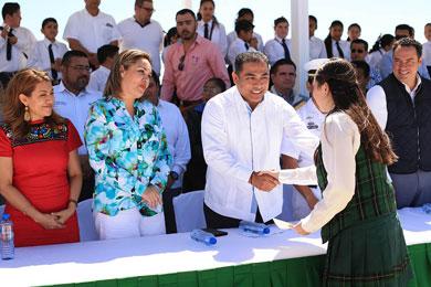 Encabeza Alcalde De La Rosa actividades por el Día de la Bandera