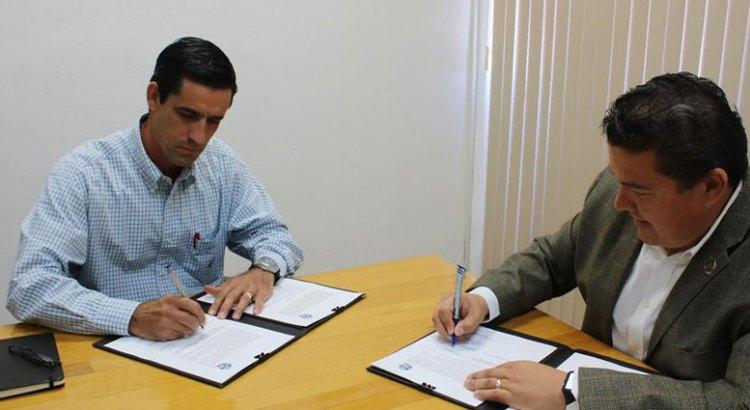 Signa la UABCS convenio con asociación ganadera