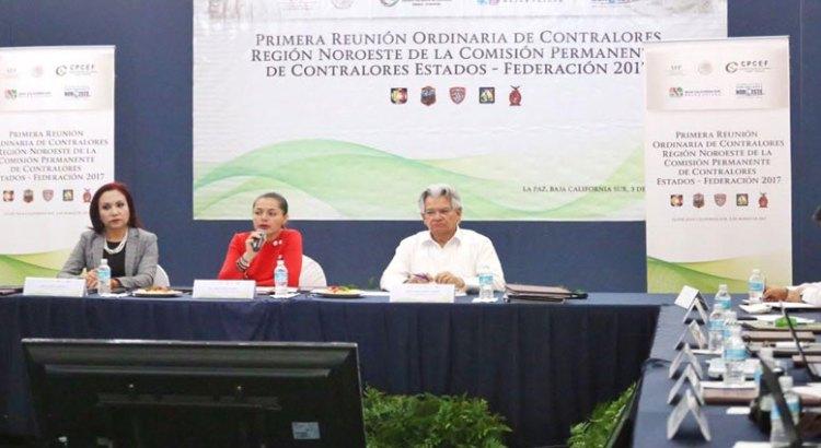 Se reúne en BCS la Comisión de Contralores Estados-Federación