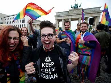 Aprueba Alemania legalización del matrimonio homosexual