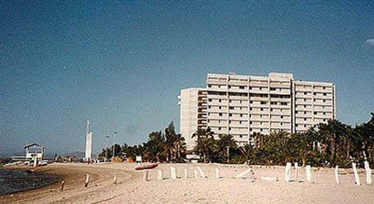 Ofrece Adán Ruffo reabrir el Hotel Gran Baja