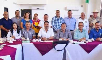 Se reunieron SEDESOL y Colegios de Profesionistas