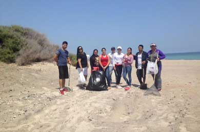 Inicia la U.M. campaña de limpieza de playas