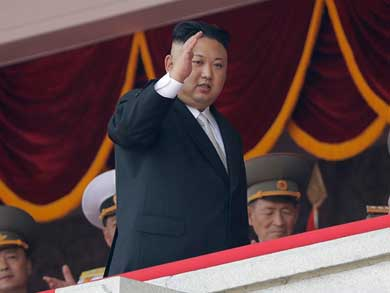Amaga Corea del Norte con atacar Guam