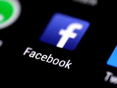 Elimina Facebook perfiles de grupos supremacistas