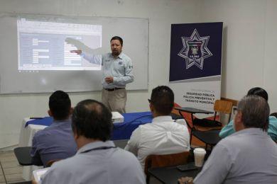 Capacitan a médicos legistas de la Policía Municipal