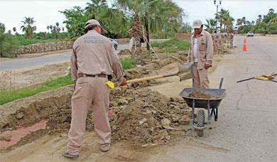 Rehabilita Servicios Públicos calle Coahuila