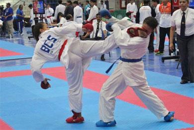 Deja FEMEKA solos a karatekas de BCS
