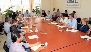 Presenta Alcalde resumen de actividades ante CCC