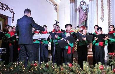 Exitoso concierto navideño