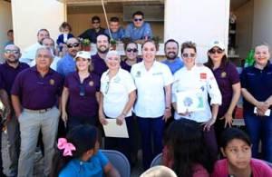 la inuauguración del comedor comunitario en la colonia las torres en Cabo San Lucas