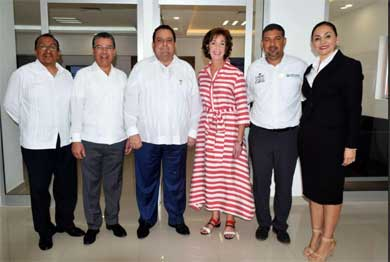 Recorrió Embajadora de EU en México instalaciones de CATTAC