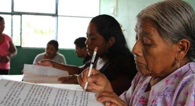 En Los Cabos más de 62 mil personas tienen rezago educativo