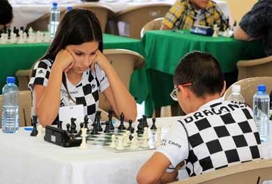 Invitan a abierto de ajedrez