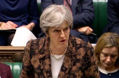 Theresa May apunta a Rusia