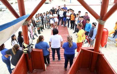 Participan estudiantes en talleres y campañas de limpieza de playas