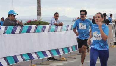 A correr el Medio Maratón Costero