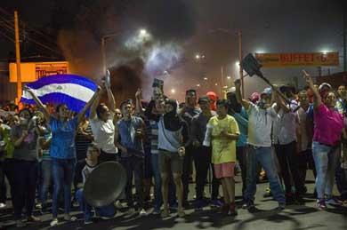 Suman 10 muertos en Nicaragua