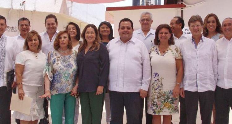 Visitan gobernador y secretario de Turismo Centro de Integración Juvenil