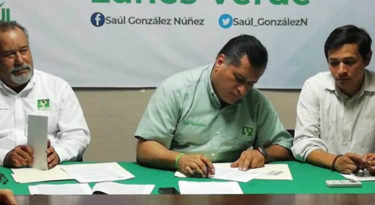 Firmó Saúl González carta compromiso con el Frente Ciudadano en Defensa del Agua y la Vida