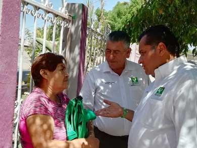 Recorre Saúl González la paceña colonia Adolfo Ruiz Cortines
