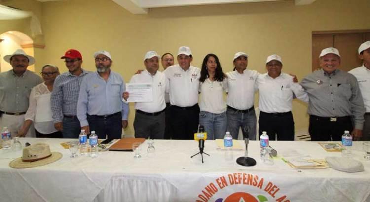 Aclara Rubén Muñoz ante el FRECIDAUV presunta propiedad de empresa minera