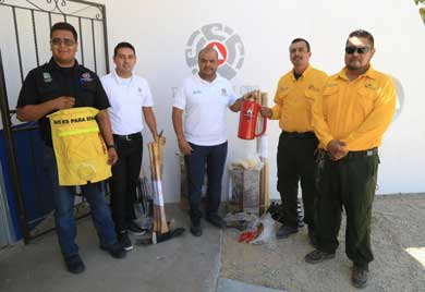Recibe Protección Civil equipo para combatir incendios forestales