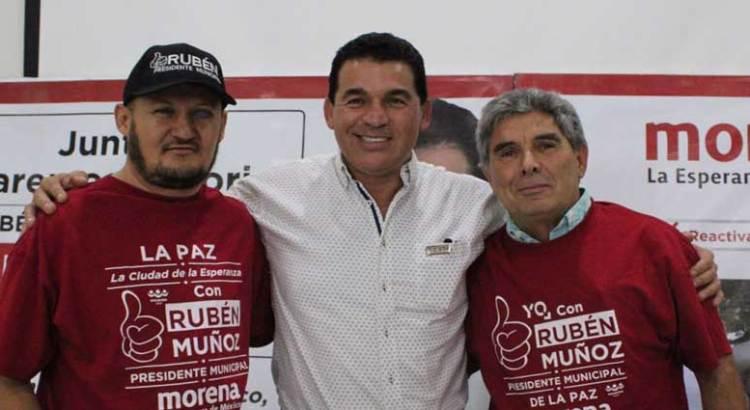 Se suma Víctor Martínez de Escobar a Morena