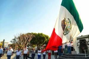 honores a la bandera en conmemoración del 207 Aniversario Luctuoso de Don Miguel Hidalgo y Costilla.