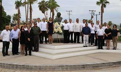 Conmemoraron el CXLVI aniversario luctuoso de Benito Juárez