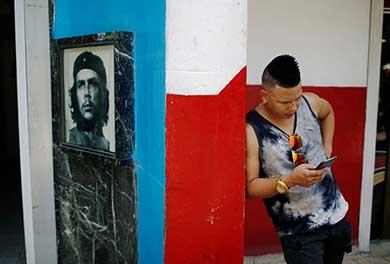Abre Cuba el acceso a internet desde celulares