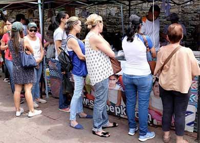Fija Venezuela precios de alimentos