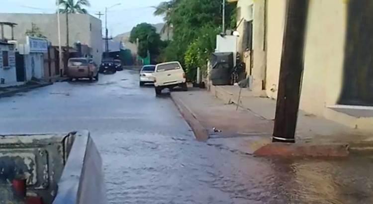 Se derraman las aguas en la 4 de Marzo